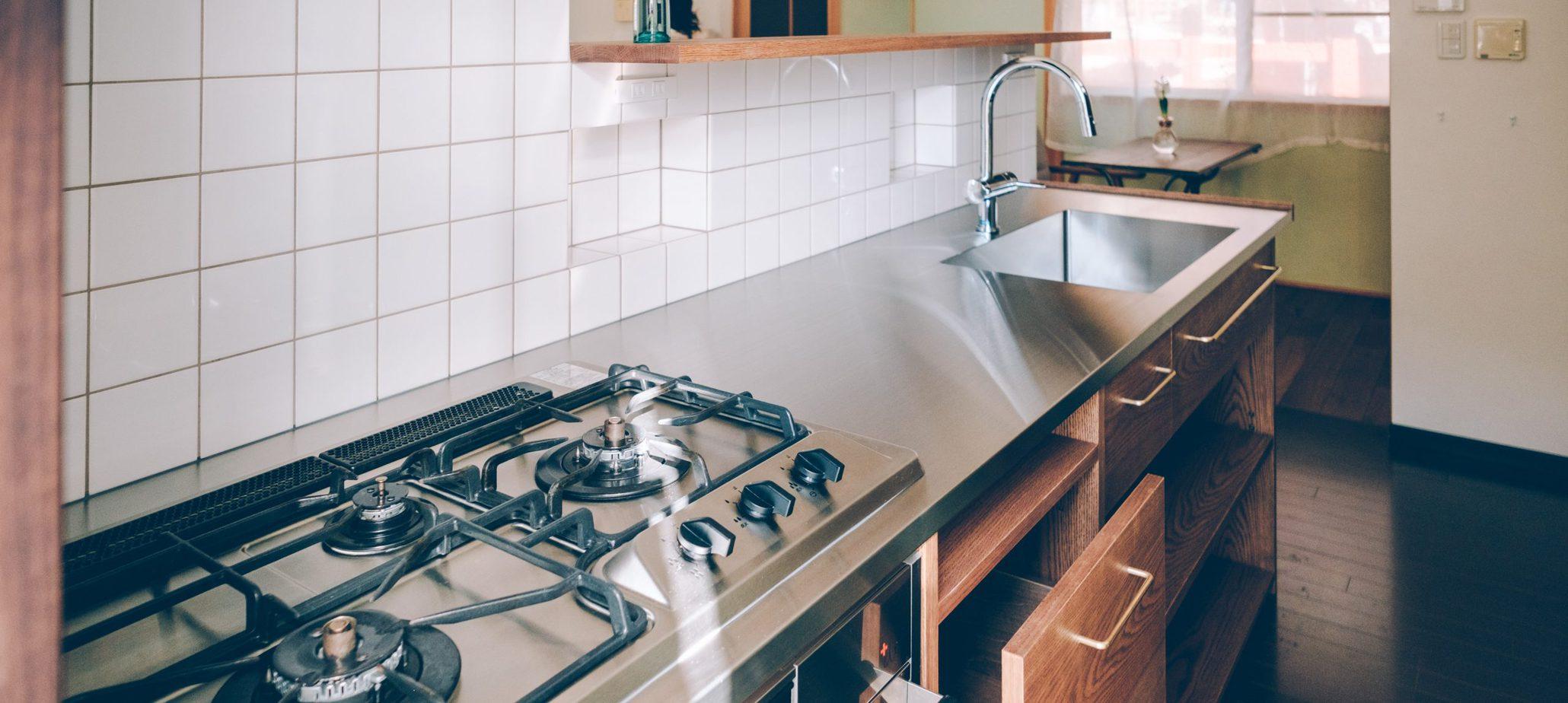 「料理下手な男、キッチンを改装する。〜後編〜」のアイキャッチ画像